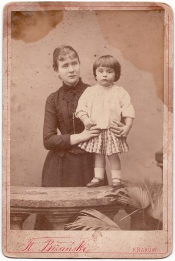 Zofia Kossak z matką Anną Kisielnicką-Kossak, 1892